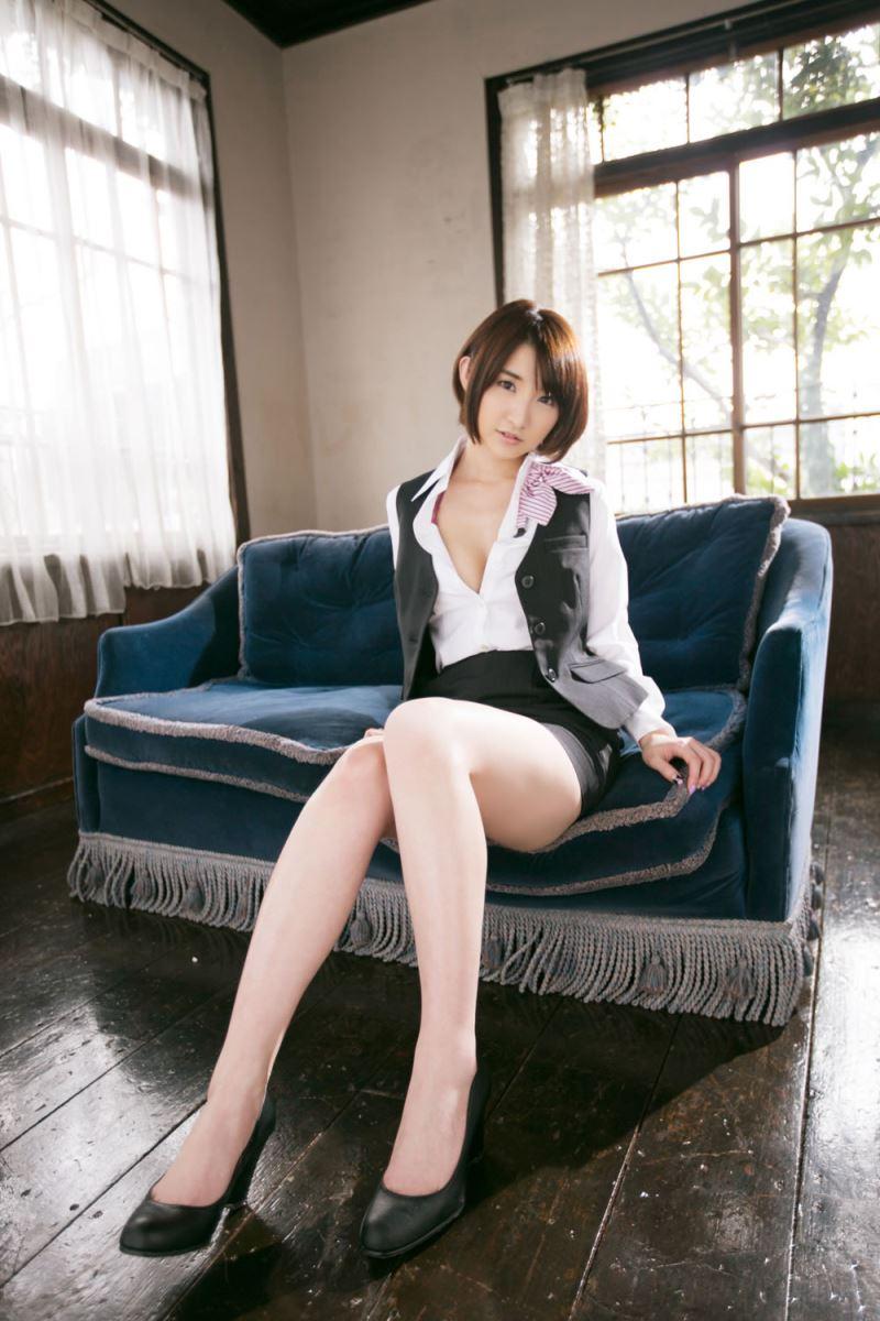 尾崎ナナ エロ画像 15