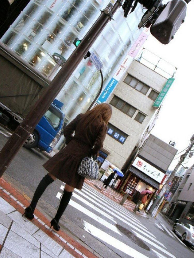 茶色コーデが可愛い女子大生の素人ハメ撮り画像 2
