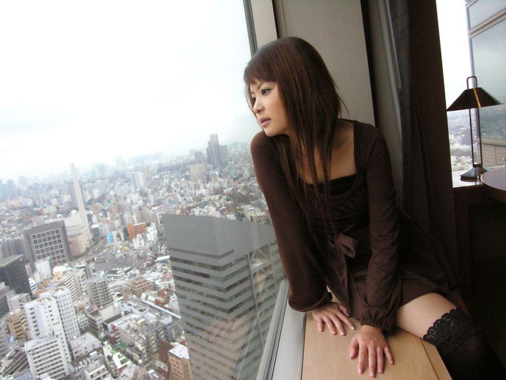 茶色コーデが可愛い女子大生の素人ハメ撮り画像 11