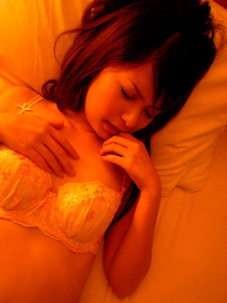 茶色コーデが可愛い女子大生の素人ハメ撮り画像 22