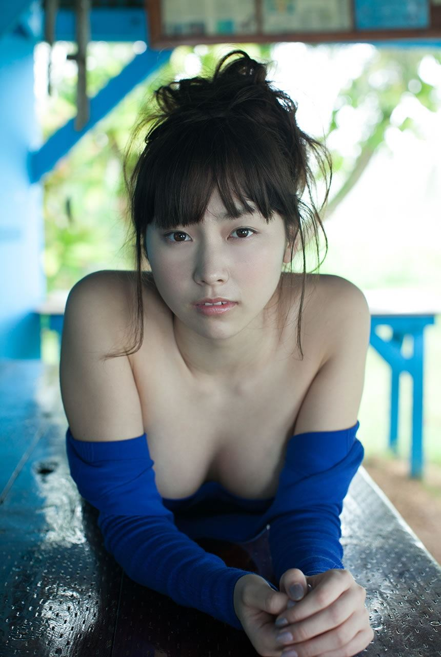 尾島知佳 元アイドリングの過激Eカップ水着画像