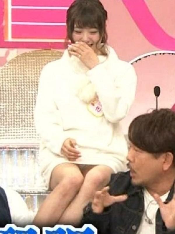 NHK「Rの法則」でJKパンチラが連発しすぎ…(※画像あり)