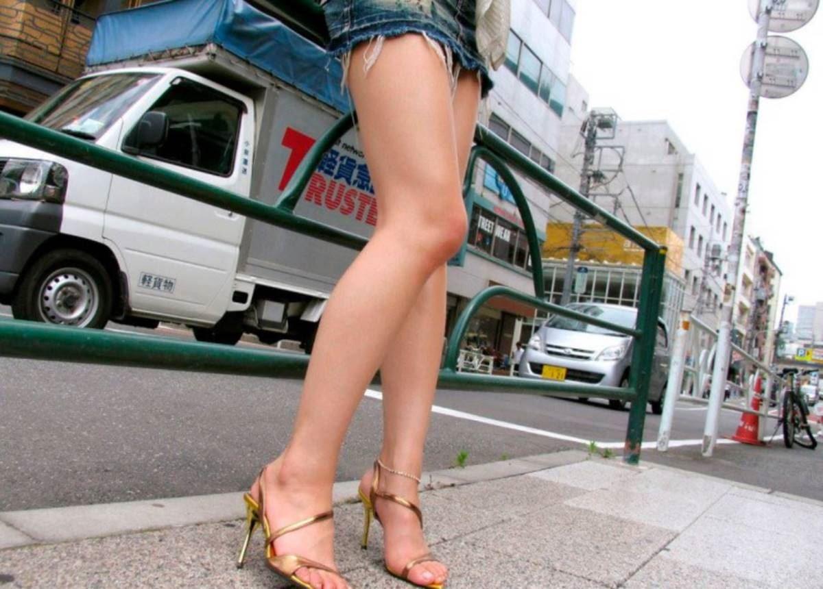 美脚の韓国人素人女性ハメ撮りセックス画像 2