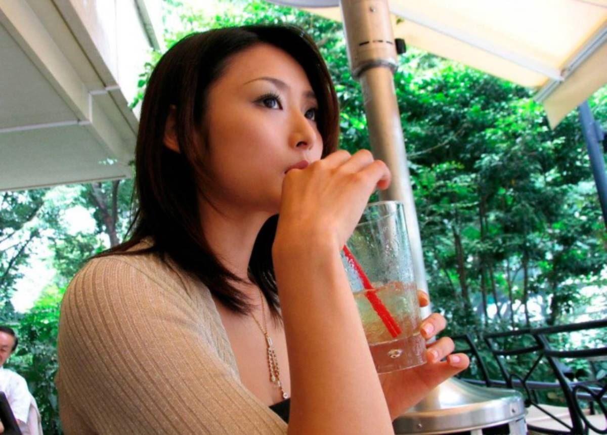 美脚の韓国人素人女性ハメ撮りセックス画像 6