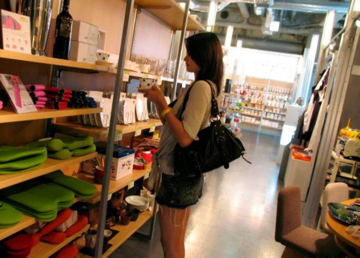 美脚の韓国人素人女性ハメ撮りセックス画像 7