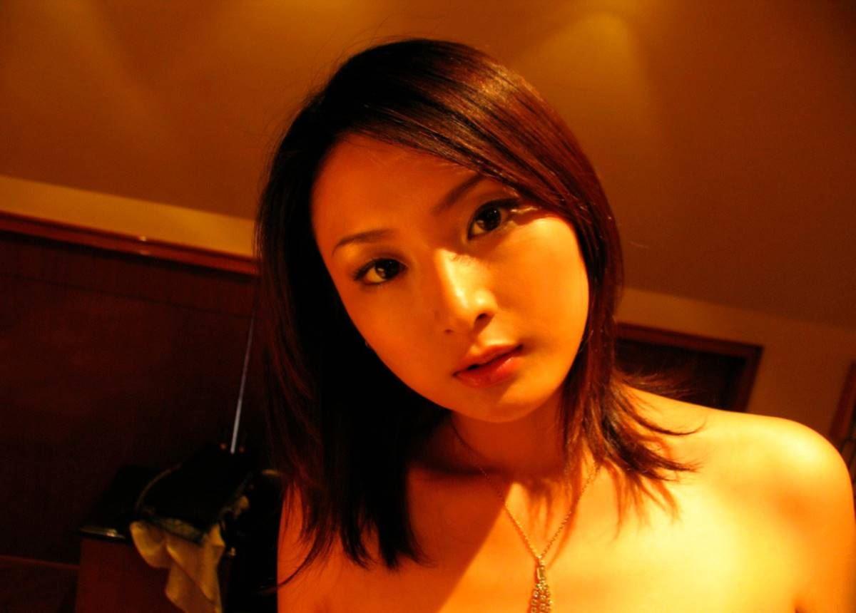 美脚の韓国人素人女性ハメ撮りセックス画像 26