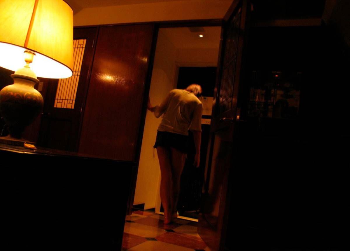 美脚の韓国人素人女性ハメ撮りセックス画像 59