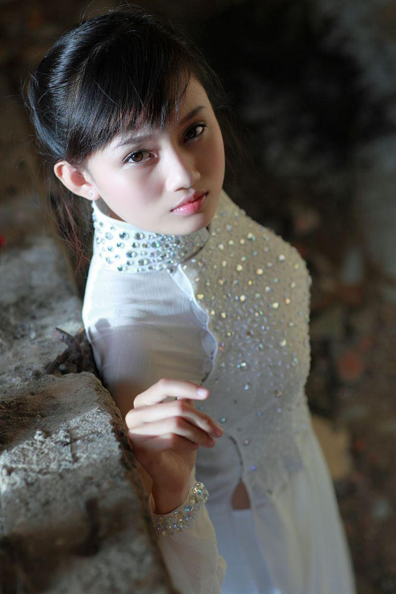 ベトナム民族衣装アオザイ画像 4