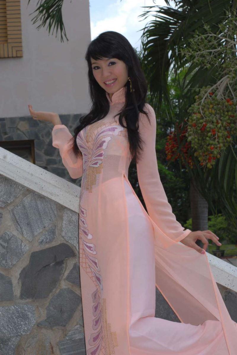 ベトナム民族衣装アオザイ画像 19