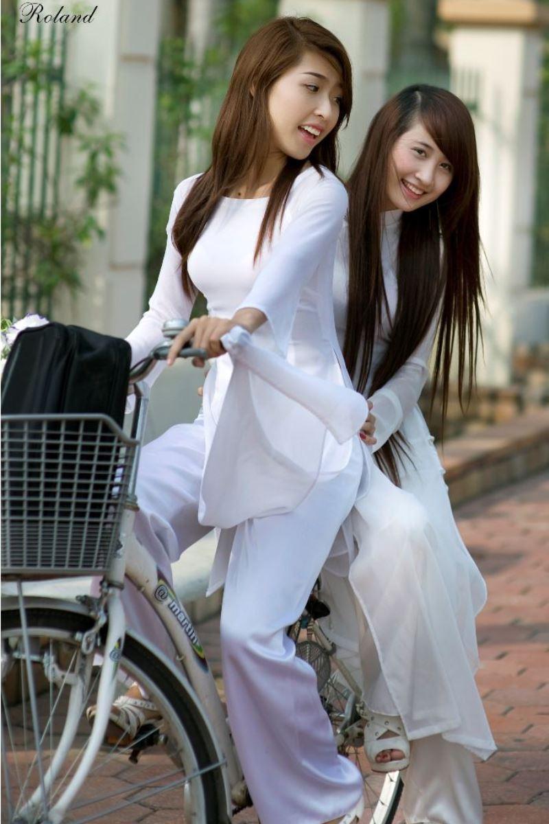 ベトナム民族衣装アオザイ画像 23