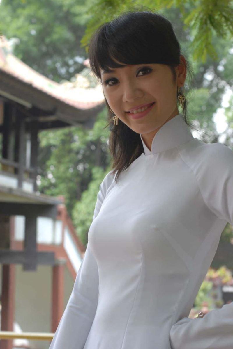 ベトナム民族衣装アオザイ画像 32