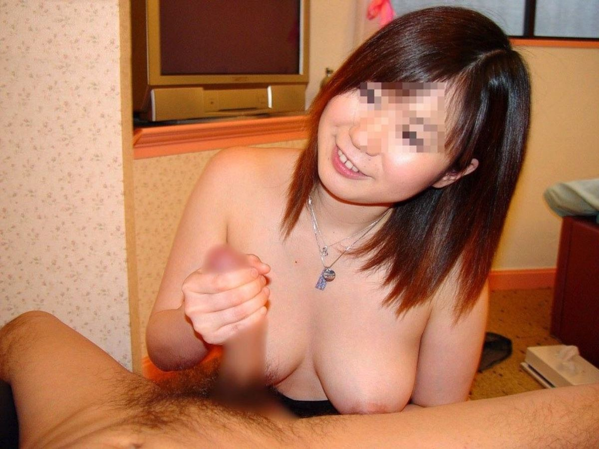素人カップル 手こき画像 39