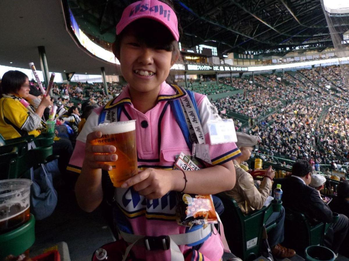 ビール売り子 画像 4