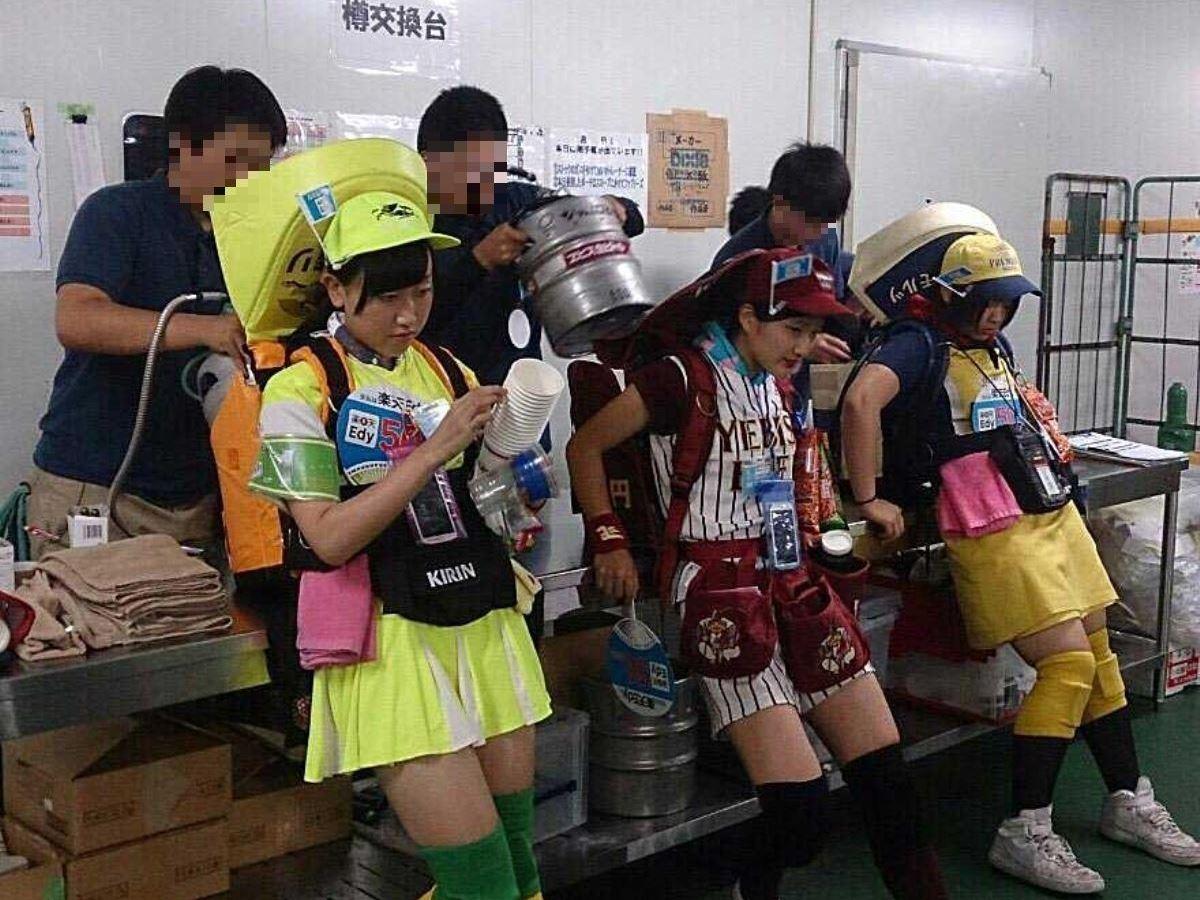 ビール売り子 画像 21