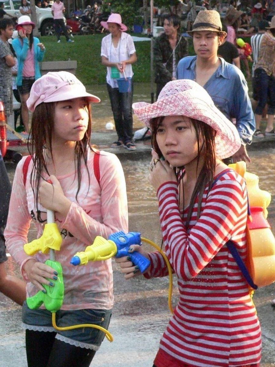 タイの水かけ祭りソンクラーン画像