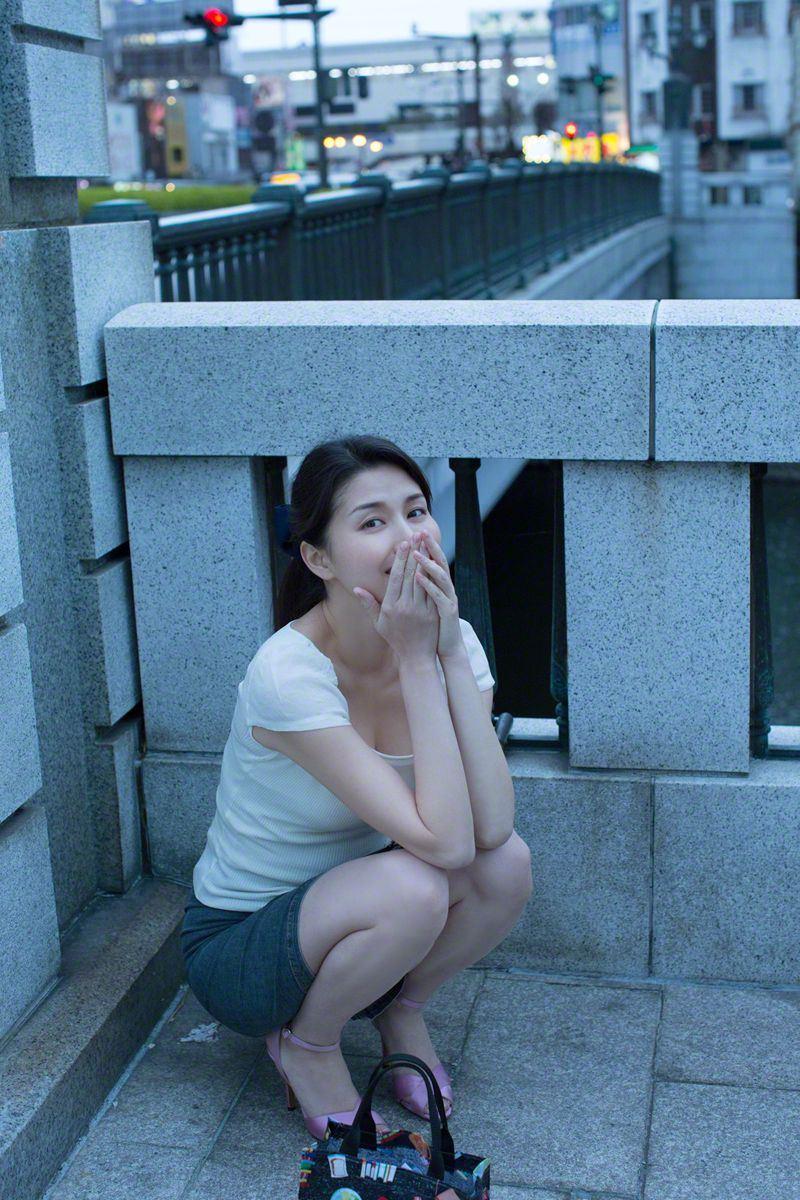 橋本マナミ セクシー画像 9