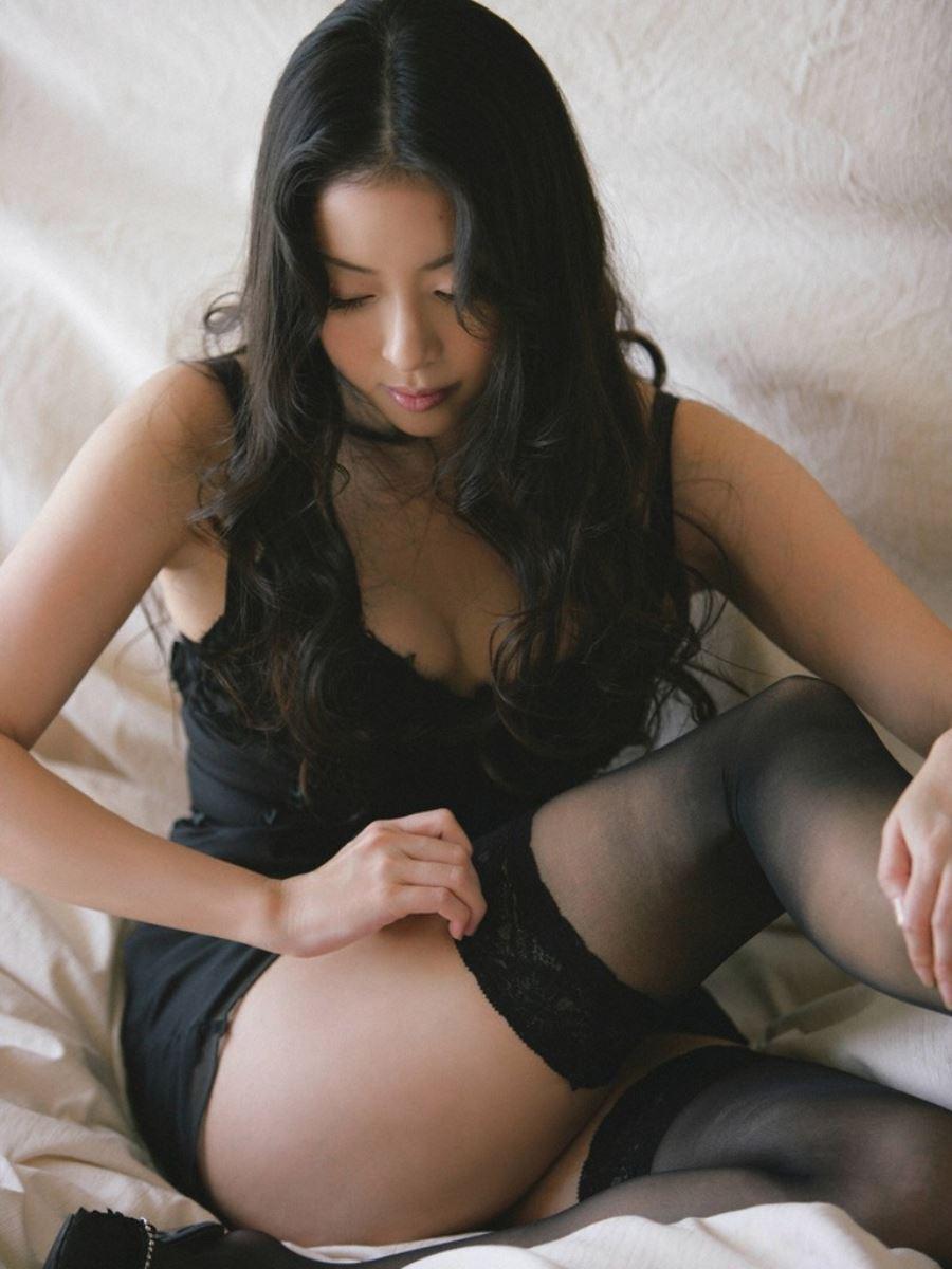宮本真希 セクシー画像 52