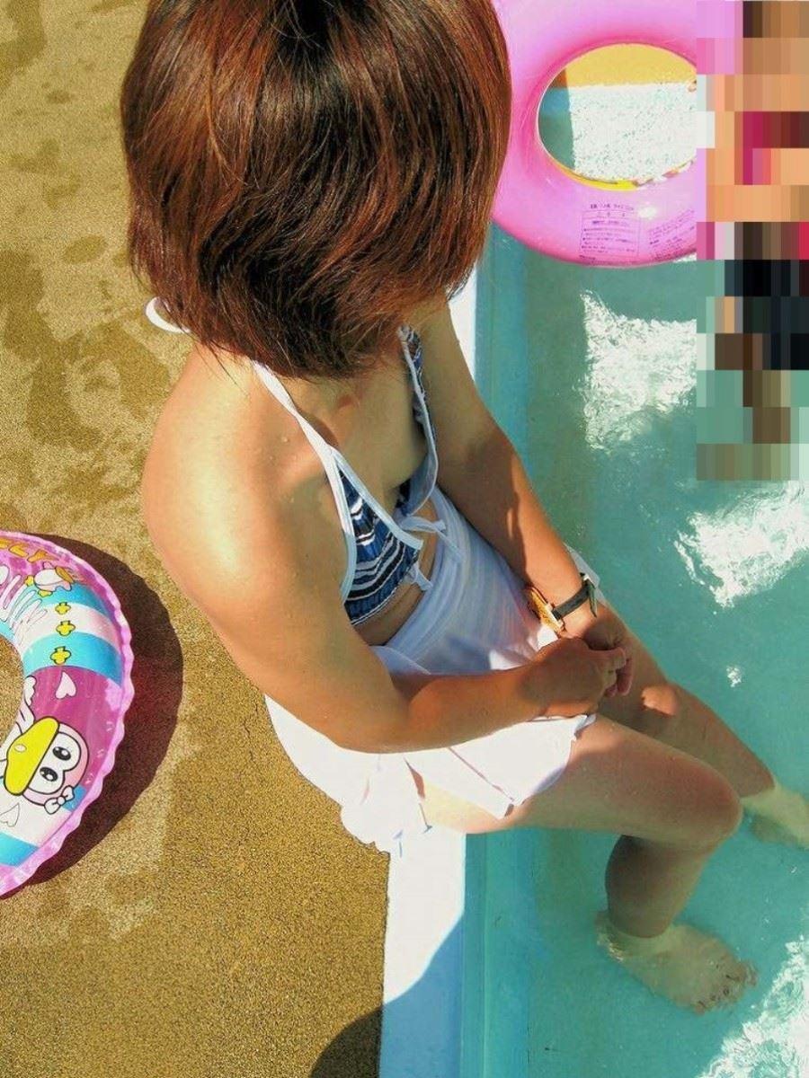 素人の水着チラリ画像 9