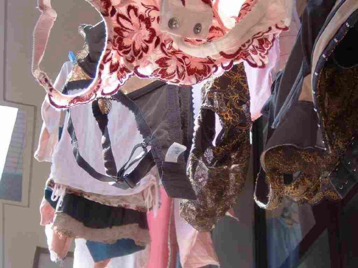 ベランダの下着盗撮画像 17