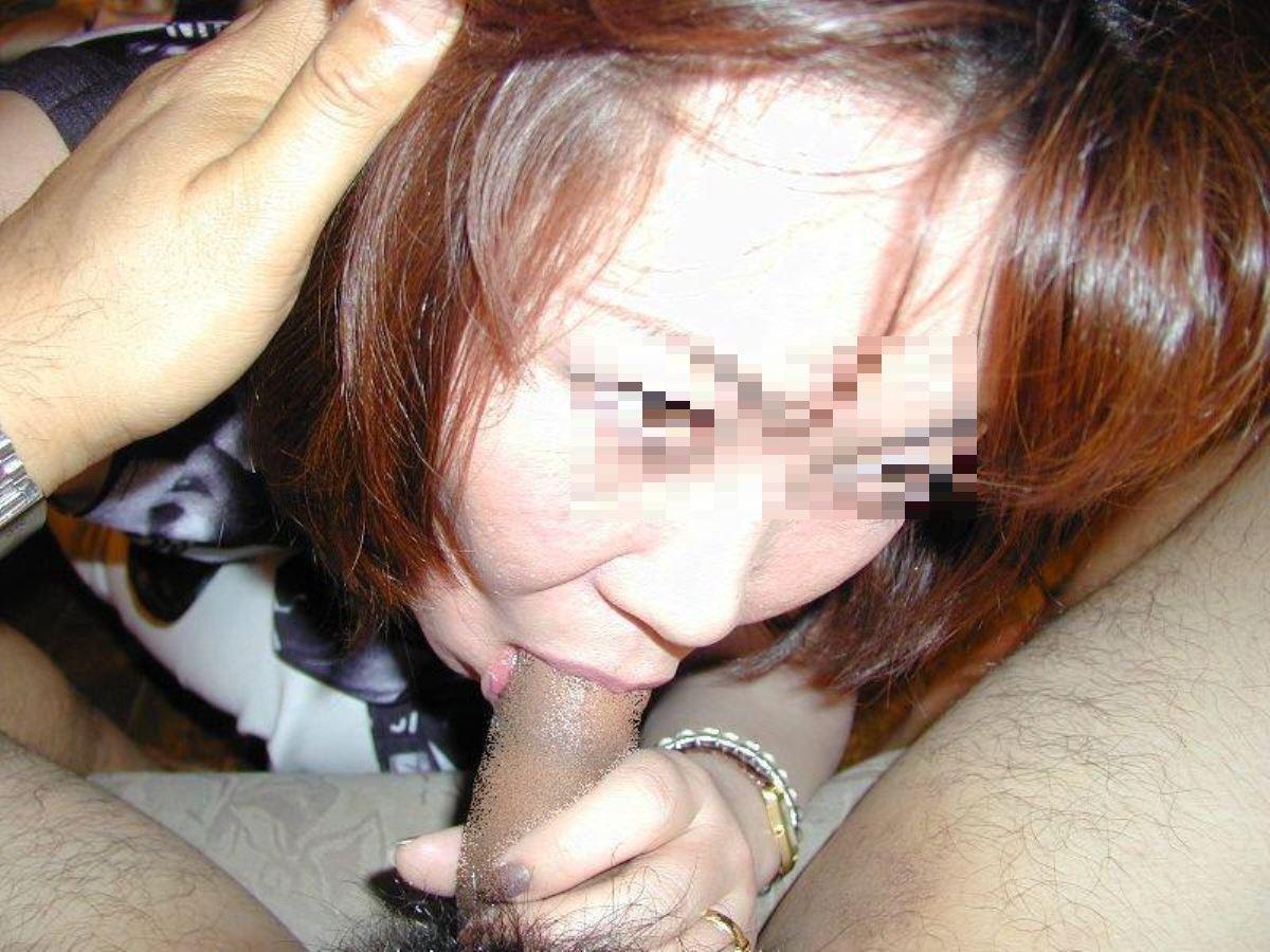 おばさん 口技 舌技 素人 熟女 フェラチオ エロ画像 5