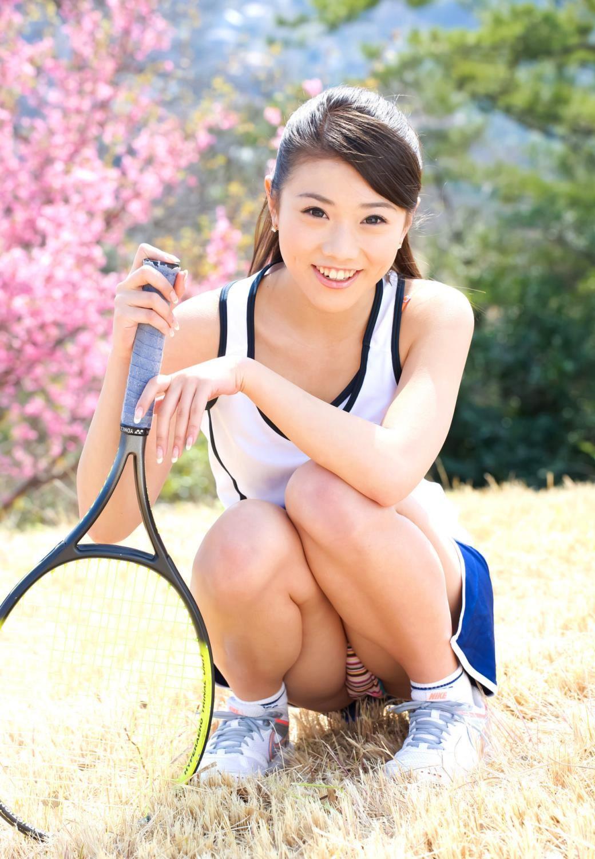千明芸夢 テニスやナースの水着コスチューム画像
