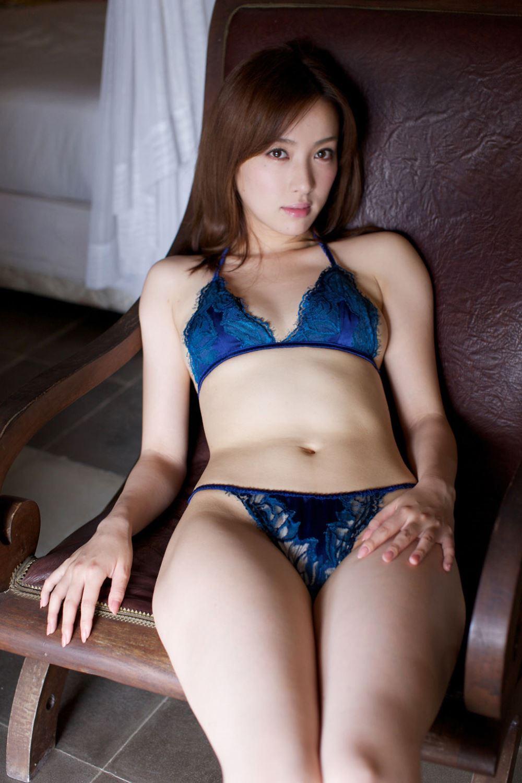 瀬戸早妃 Dカップ 美しい 水着 グラビア 画像 2