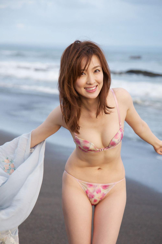 瀬戸早妃 Dカップ 美しい 水着 グラビア 画像 45