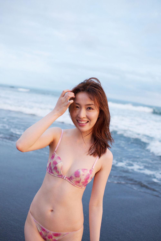 瀬戸早妃 Dカップ 美しい 水着 グラビア 画像 51