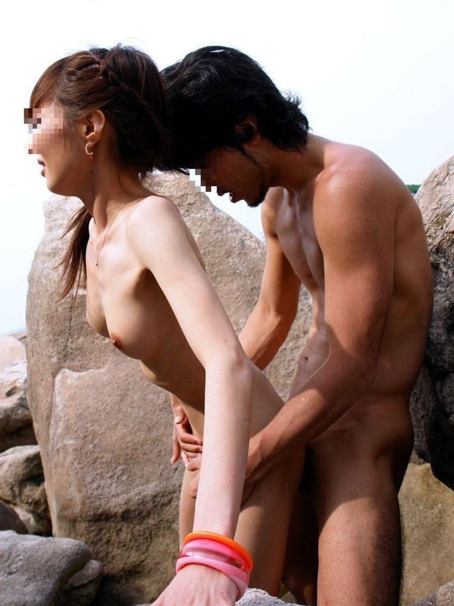 素人 カップル 野外 セックス 画像 23