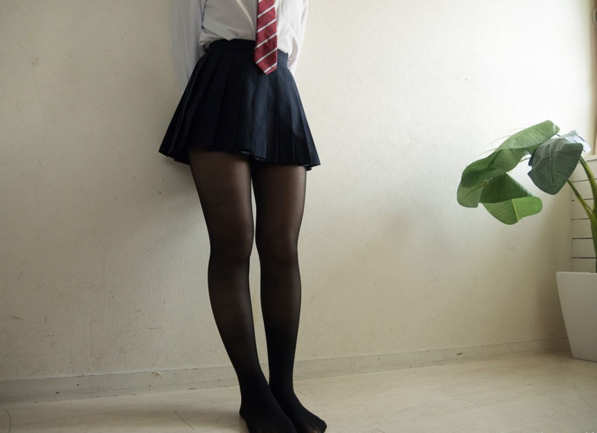 童顔素人にJKっぽく制服を着させたハメ撮りセックス画像 61