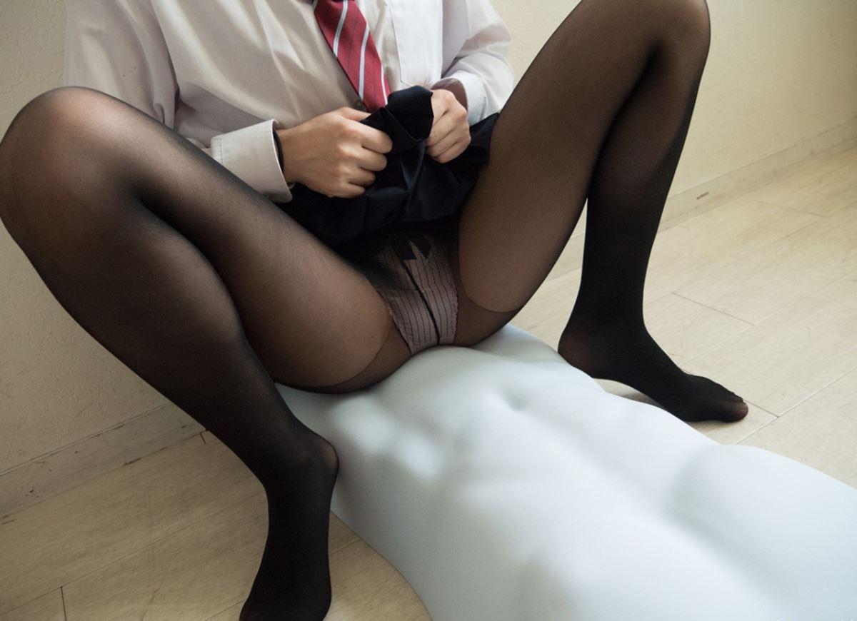 童顔素人にJKっぽく制服を着させたハメ撮りセックス画像 67