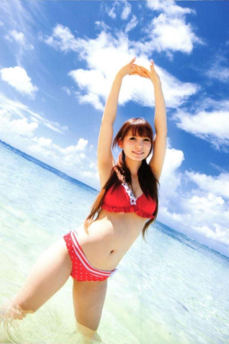 中川翔子の水着写真集「ギザ10」画像 19