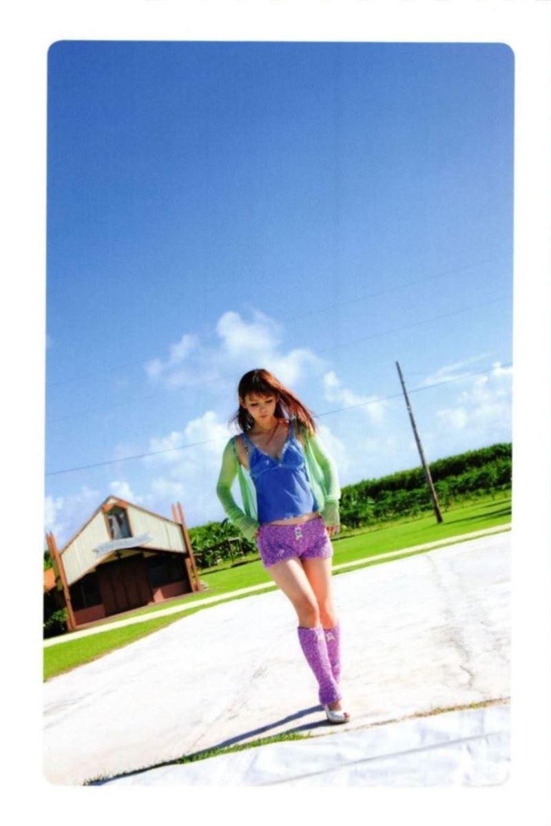 中川翔子の水着写真集「ギザ10」画像 28