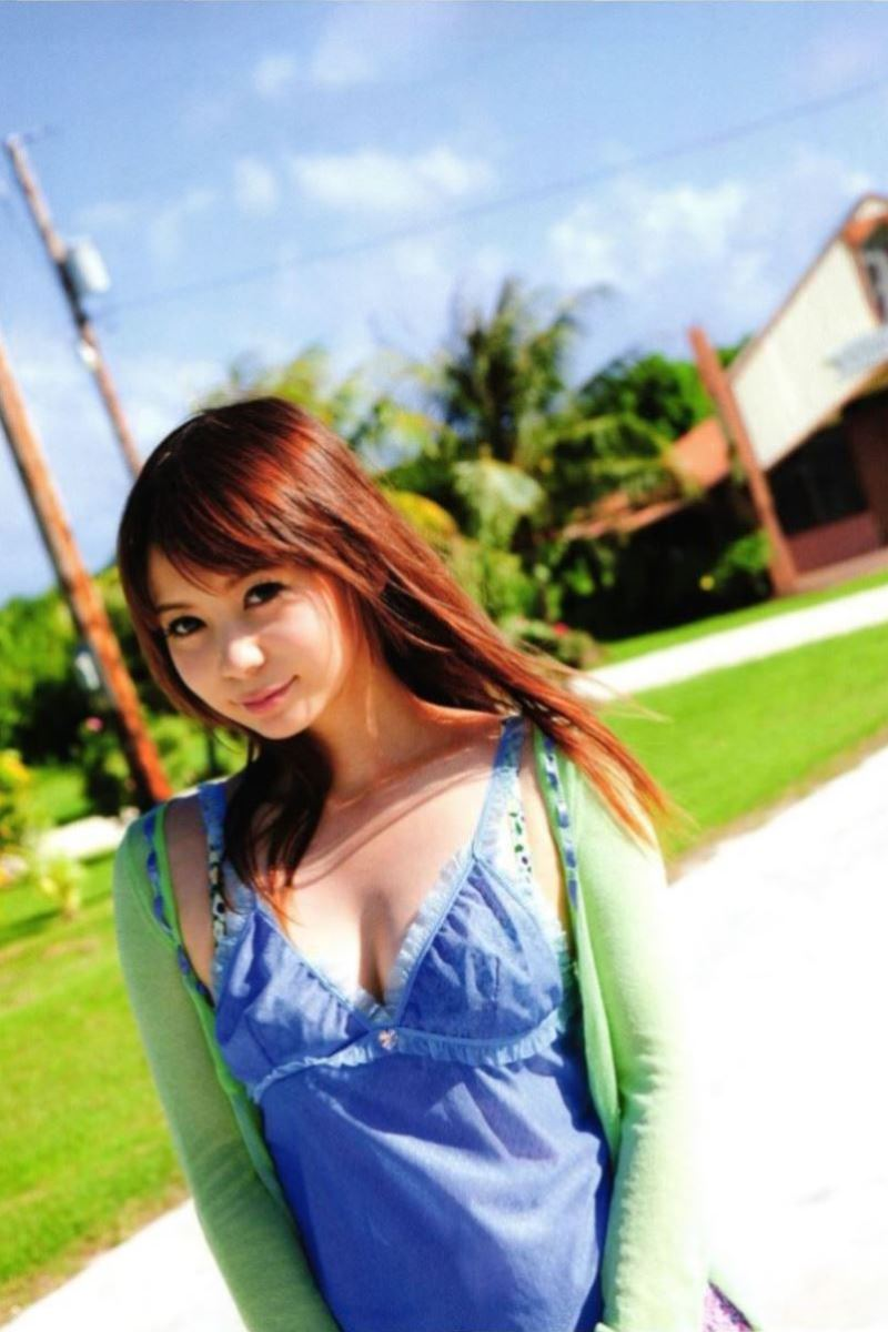 中川翔子の水着写真集「ギザ10」画像 29