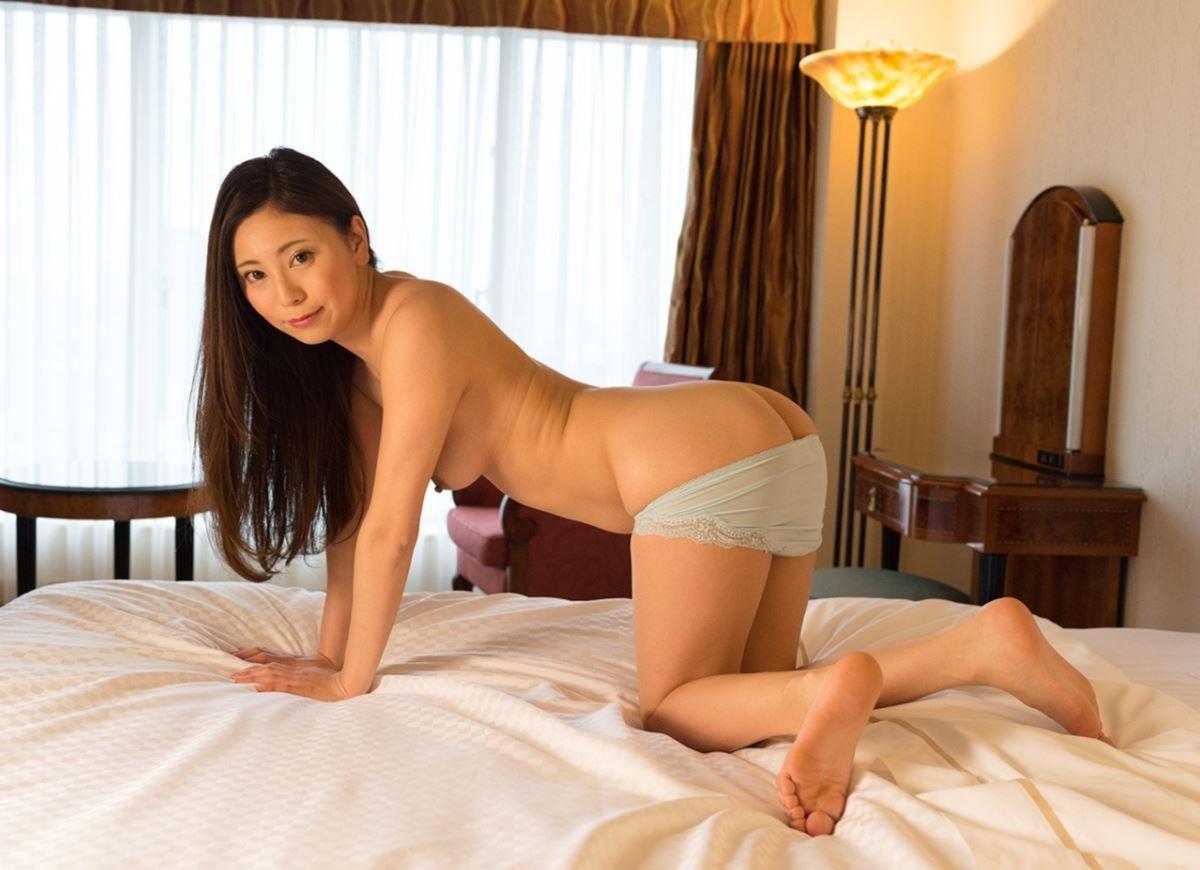 いやらしい若奥さん敏感ハメ撮りセックス画像 51