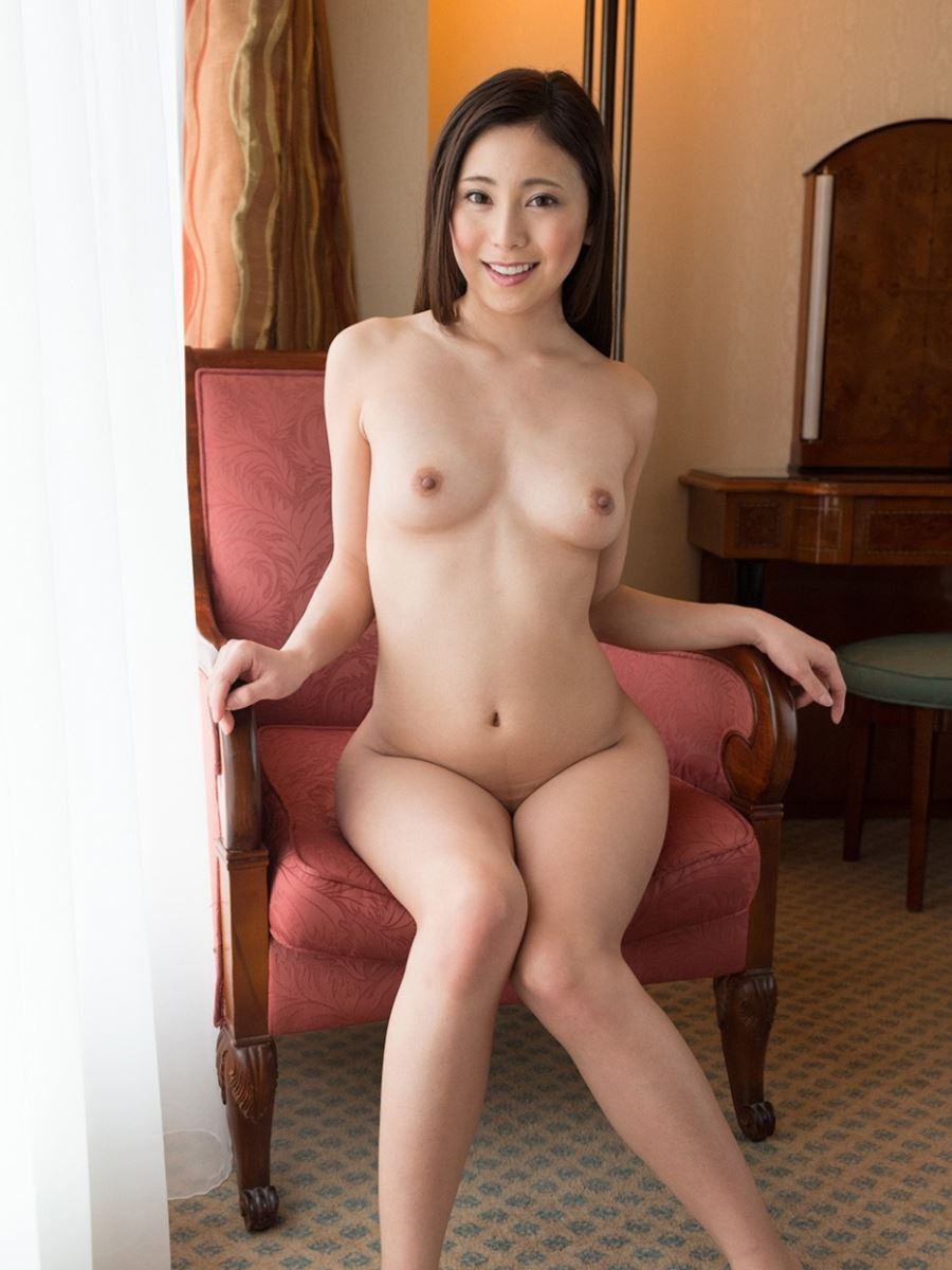 いやらしい若奥さん敏感ハメ撮りセックス画像 60