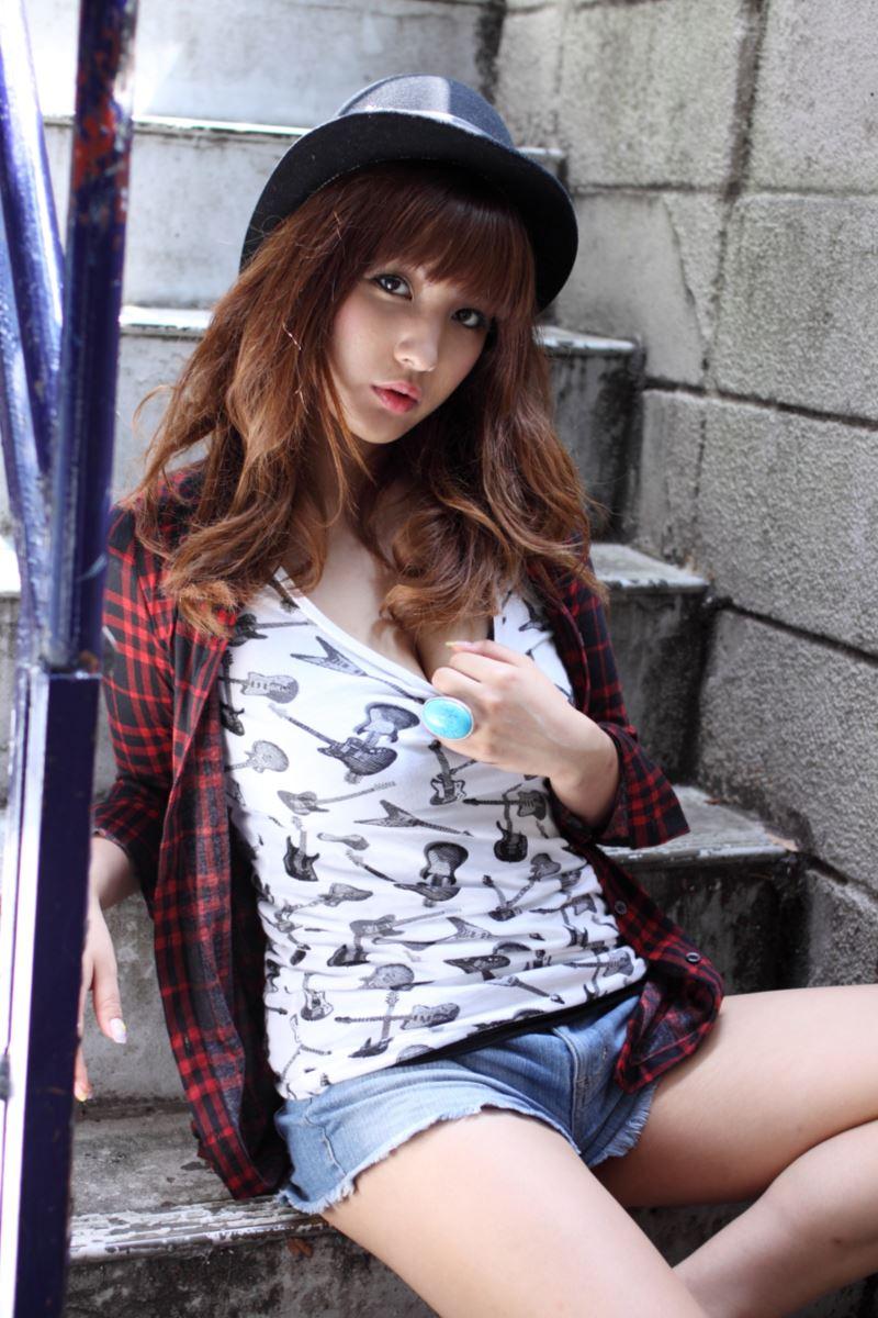 ヒップライン セクシー 渡辺万美 エロ画像 14