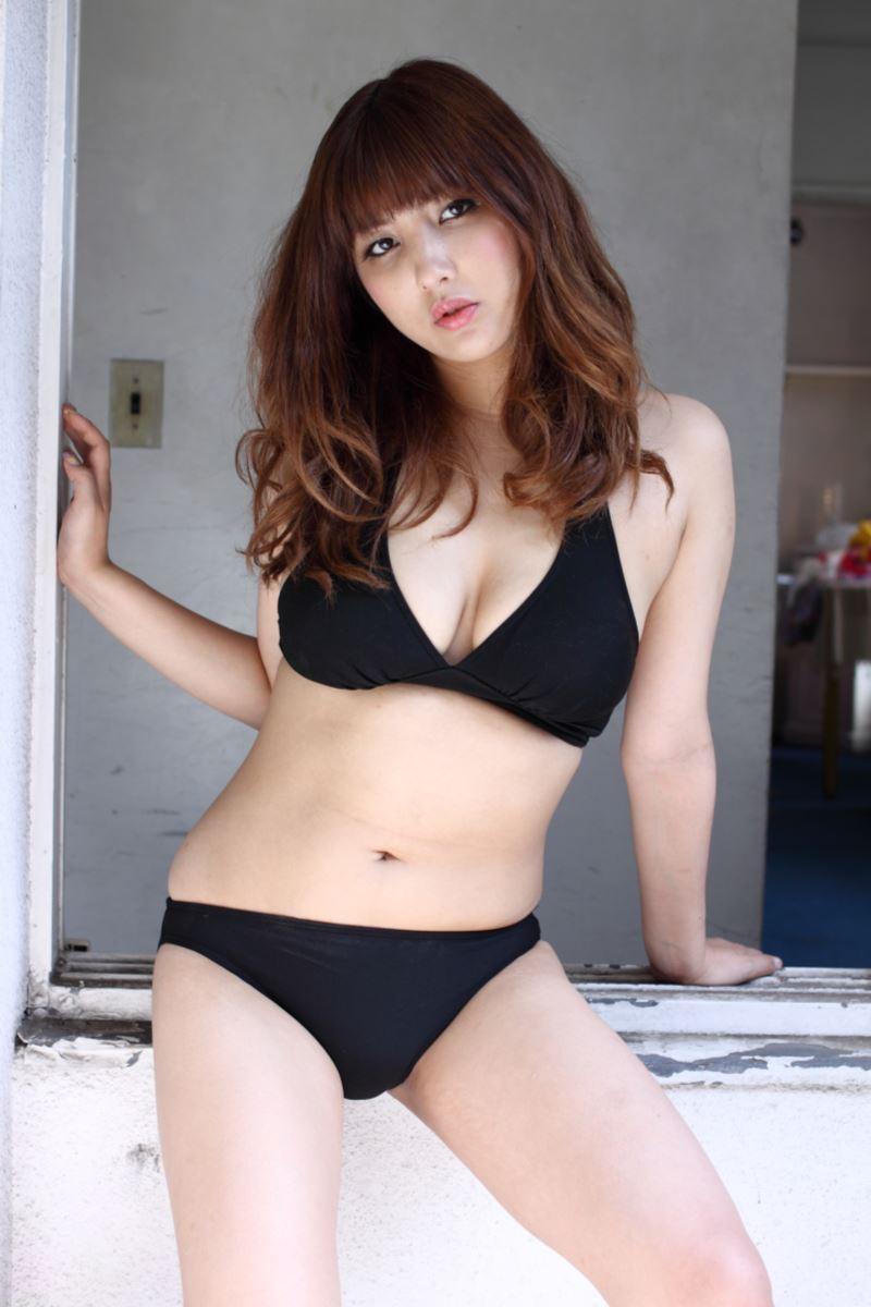 ヒップライン セクシー 渡辺万美 エロ画像 27