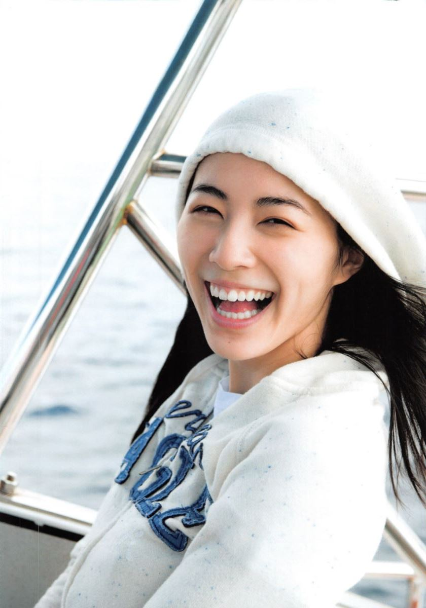 松井珠理奈の手ぶら写真集「Jurina」画像 7