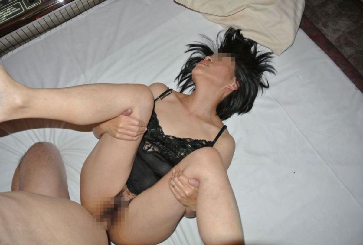 まんこが疼くオバちゃんたちの熟女セックス画像 30