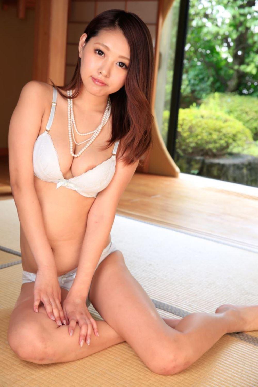 相本みき 無修正デビュー画像 35