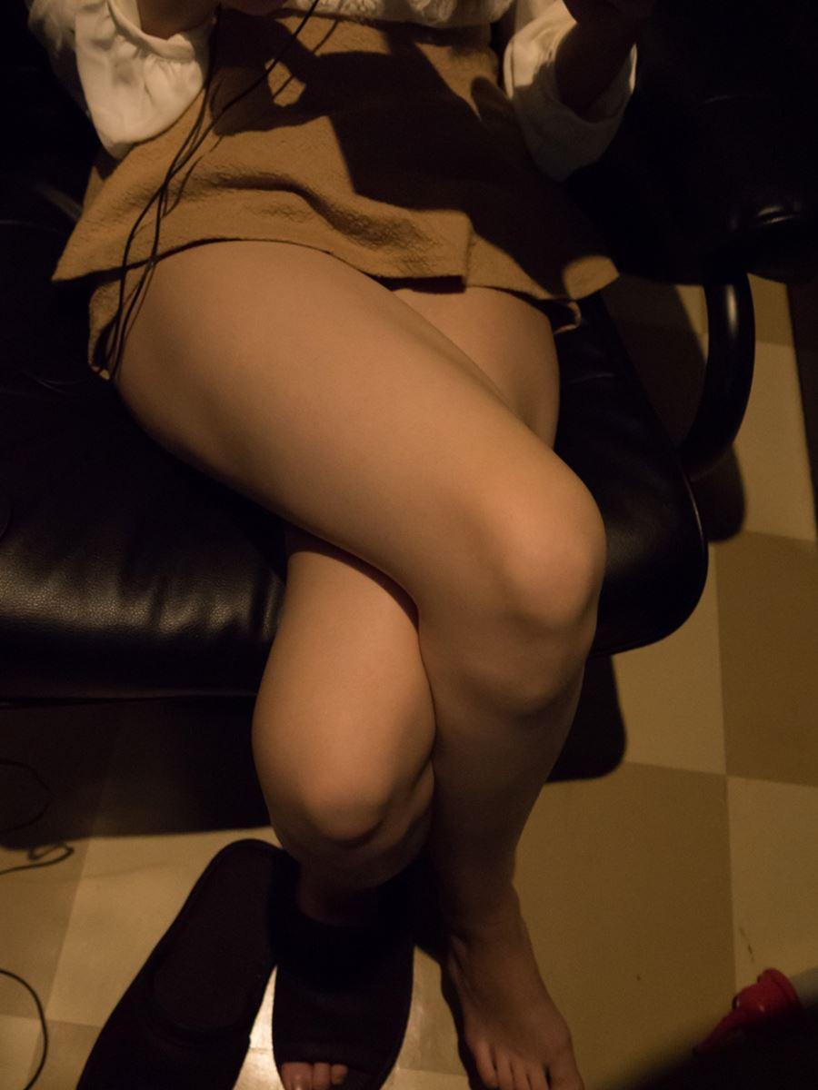 ネットカフェでハメ撮りを楽しむ素人セックス画像 32