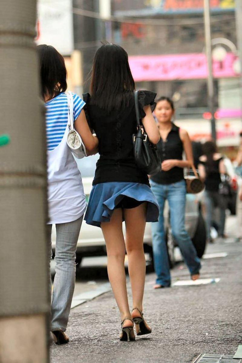 街撮り 風パンチラ画像 3