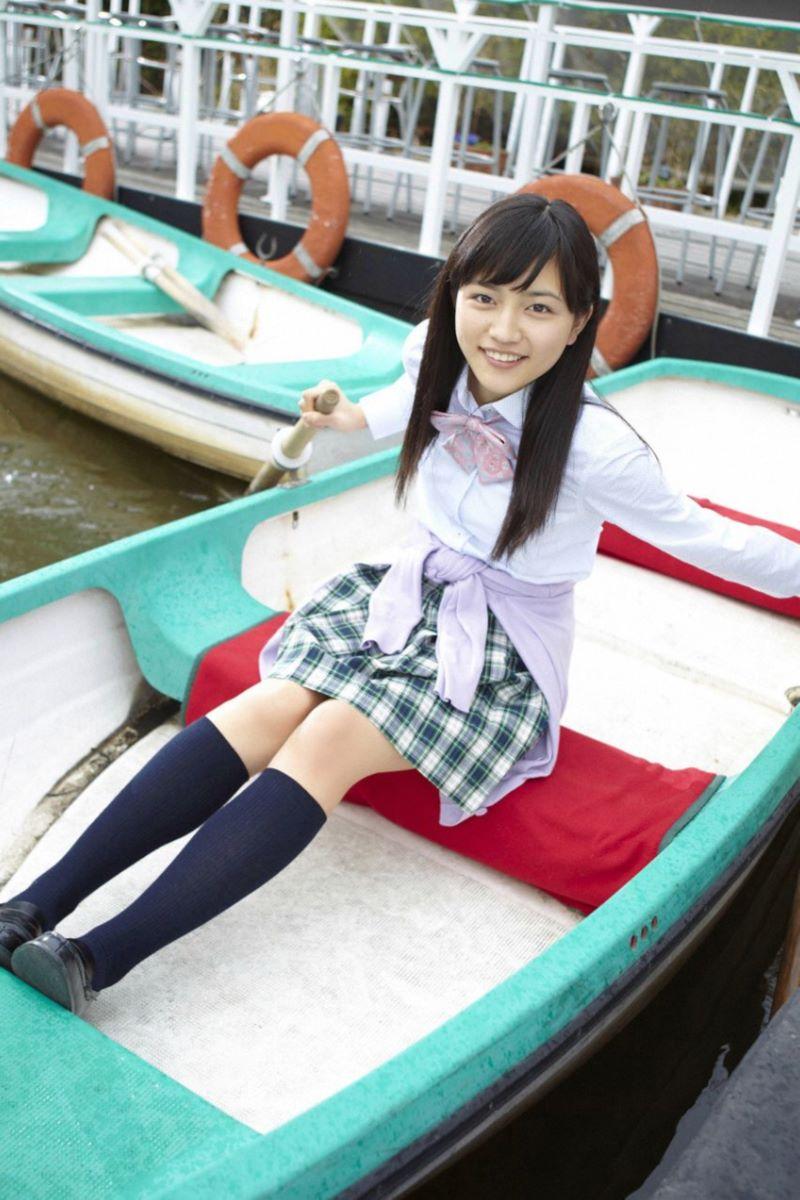 川口春奈の最新ビキニでシコれる水着グラビア画像 16