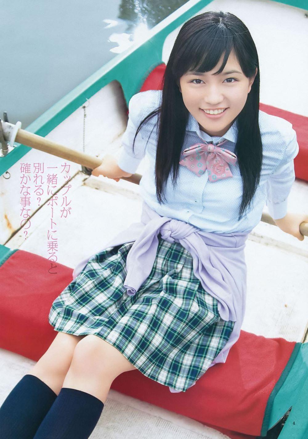 川口春奈の最新ビキニでシコれる水着グラビア画像 50