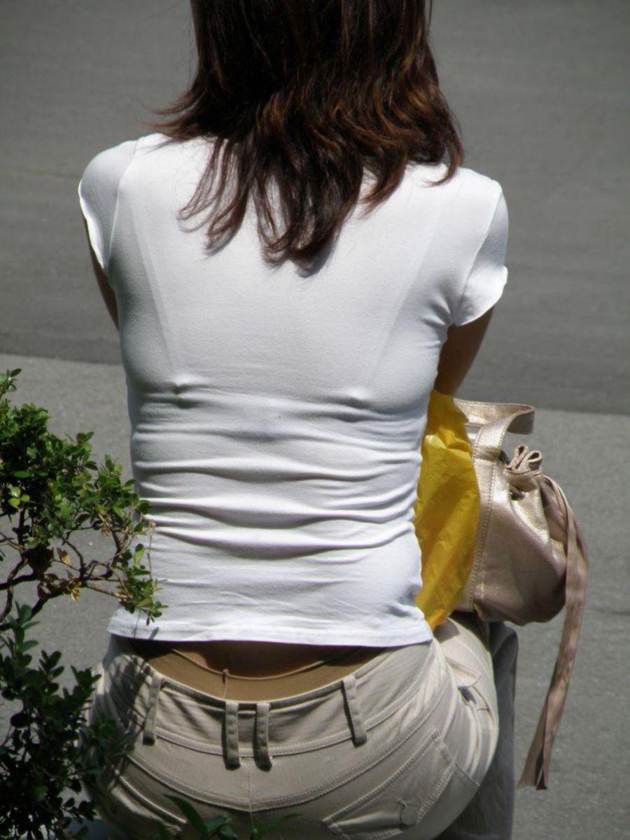 街撮り ブラ線 透けブラ 画像 36