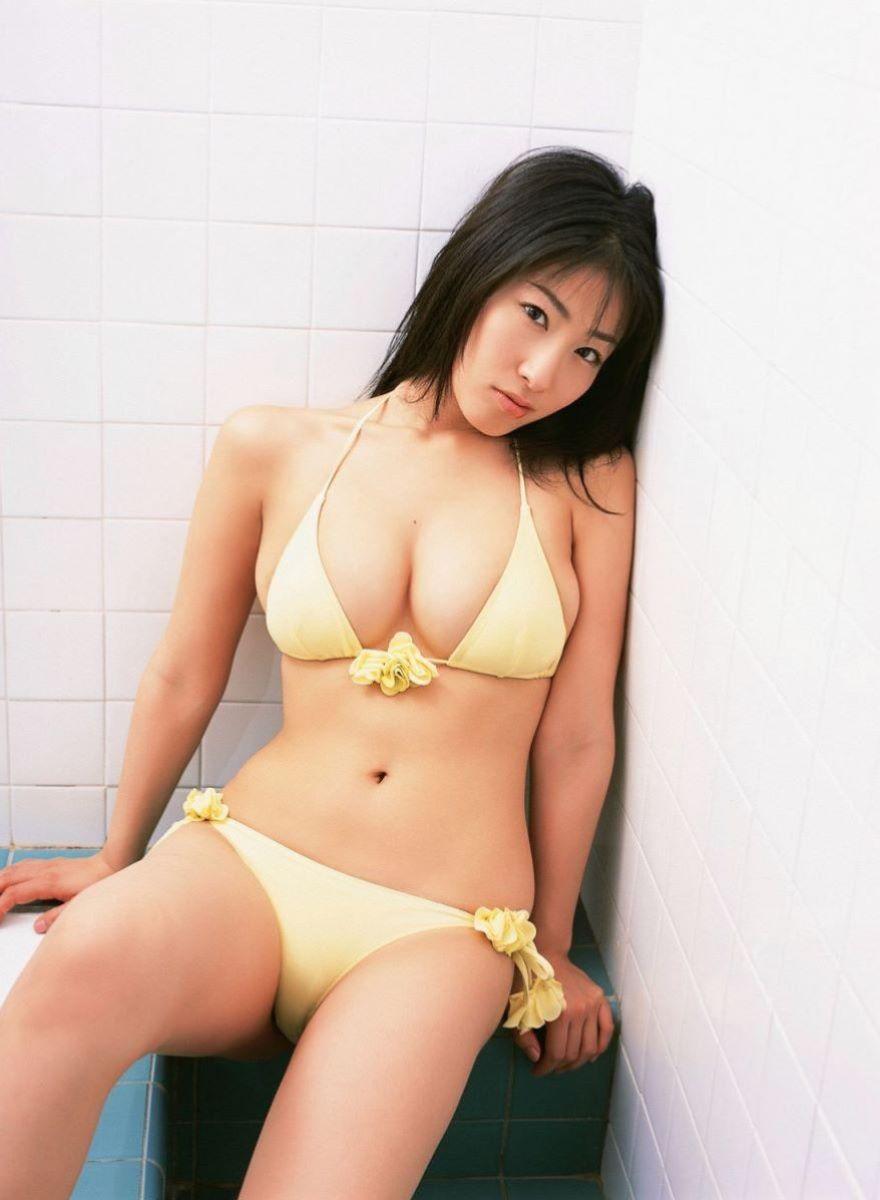 佐藤寛子 高画質 ビキニ画像 8