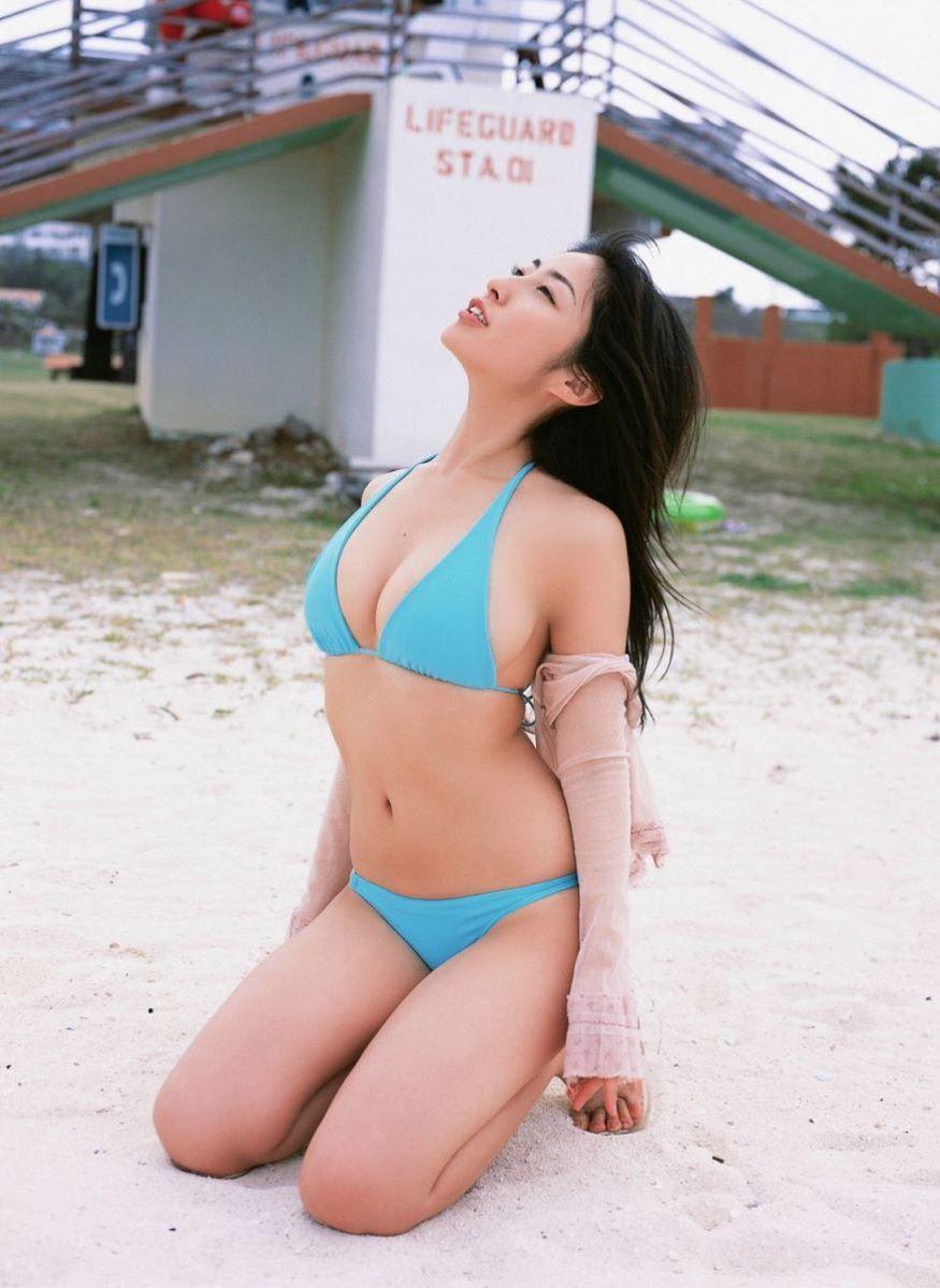 佐藤寛子 高画質 ビキニ画像 30