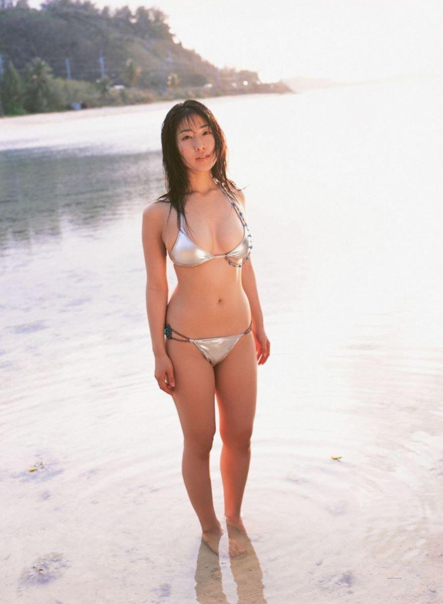 佐藤寛子 高画質 ビキニ画像 57