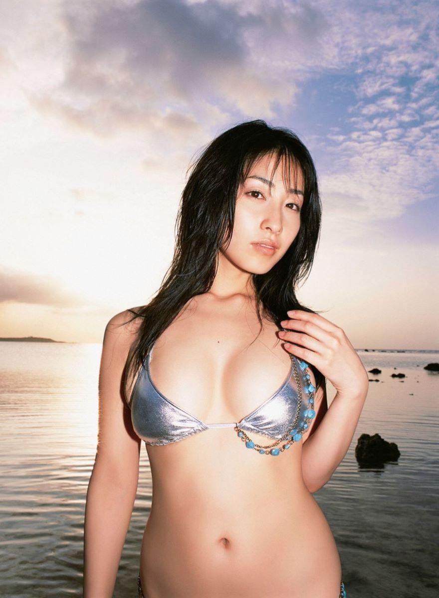 佐藤寛子 高画質 ビキニ画像 59